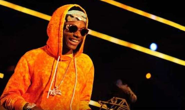 Fans Set Twitter On Fire, As Wizkid Sets A New Record To become The First African To Win The, Soul Train Award